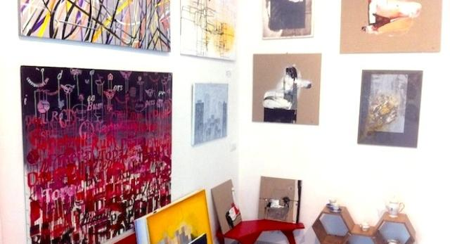 Galeria Kuratorium - wnętrze przepełnione sztuką i designem. Zobacz jedyne takie miejsce w Warszawie